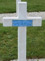Mayenne. Grób polskiego żołnierza.