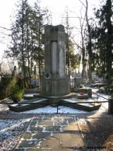 Pomnik - grób 4 oficerów II Brygady L.P.