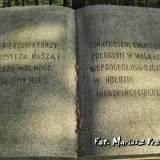 Inskrypcje na cmentarzu w Ciechanowcu.