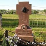 Pomnik nagrobny ks. R.Knobelsdorfa.