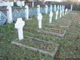 Mogiły żołnierzy polskich.