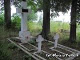 Groby trzech nieznanych oficerów WP.