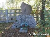 Nowogród. Pomnik poległych w 1939 r.