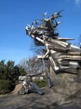 pomnik03.jpg